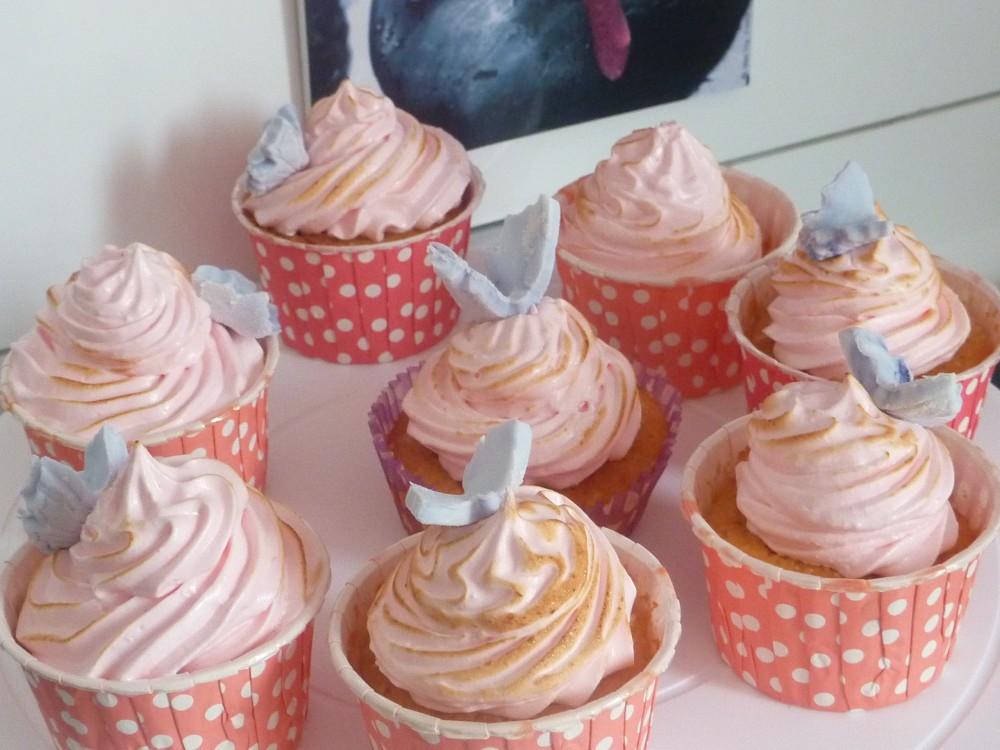 Cupcake moelleux girly citron meringué (4/4)