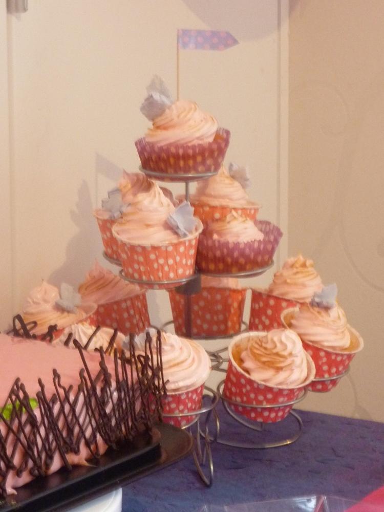 Cupcake moelleux girly citron meringué (3/4)